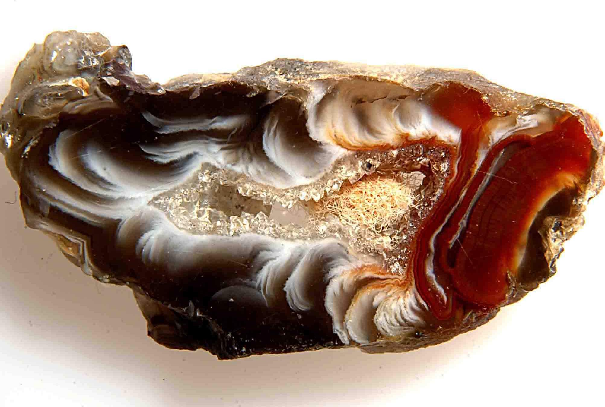The ancient Egyptians endowed agate with magical qualities, while the priests cleared the room of evil spirits with it
